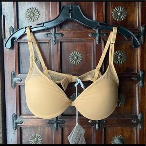 La Perla Timeless nude lift bra fits 38B, 36C, 34D